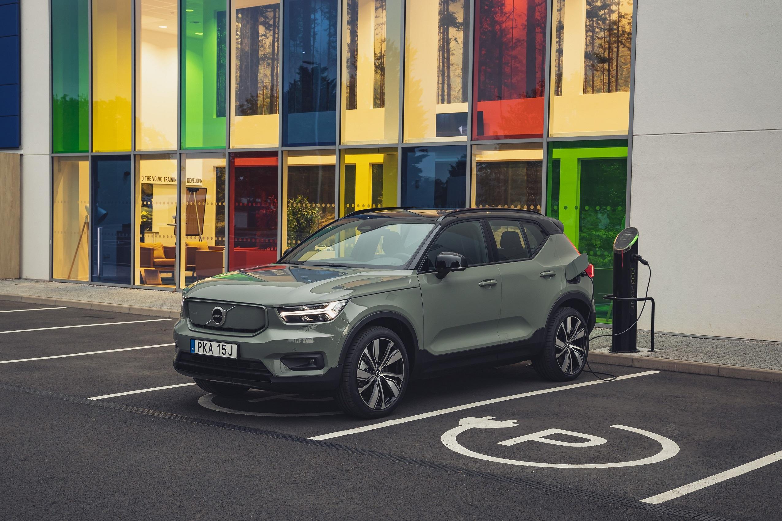 У Volvo розповіли про специфіку електромобіля XC40 Recharge для українського ринку