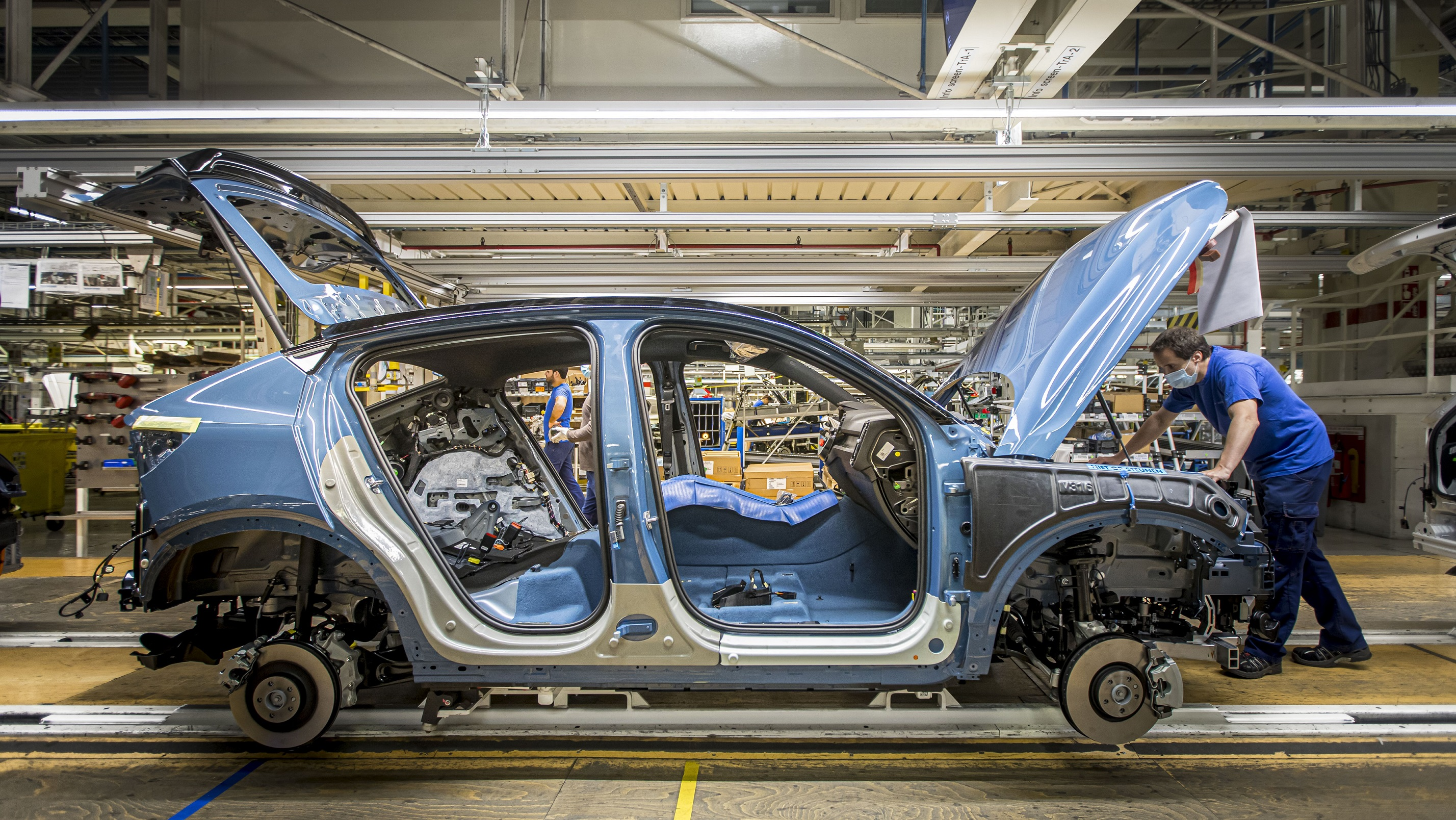 Volvo Cars розпочинає виробництво C40 Recharge у місті Ґент, Бельгія