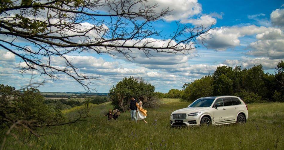 Відкривайте Україну: композитор Євген Хмара розповів, де влітку відпочити з родиною. Відео